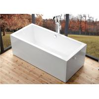 Deep Soaking Rectangle Acrylic Free Standing Bathtub With Overflow Space Saving