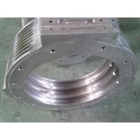 Corrugated pipe forming block