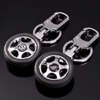 Wholesale Simulation Can Be Rotating Tire-Car Metal Keychain,CB-003 from china suppliers